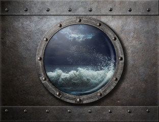 In de dag Schip old ship metal porthole or window with sea storm
