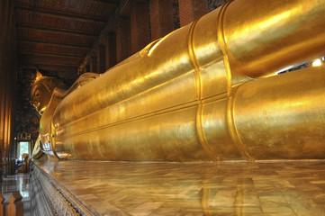 Thailandia. Bangkok, il Buddha sdraiato a Wat Pho