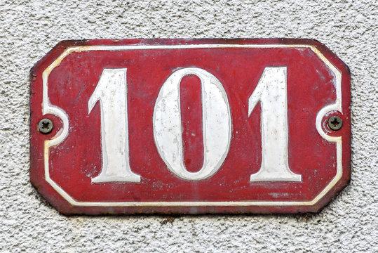 Hausnummer 101