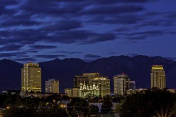Fototapete - Blue sky night over the capital city of Udah