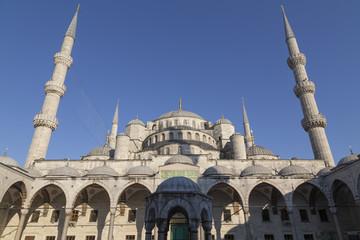 Innenhof der Blauen Moschee in Istanbul