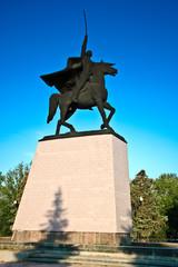 Памятник Чапаеву в Уральске