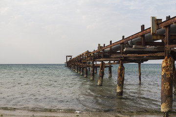Pier into the sea