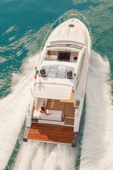 motor boat