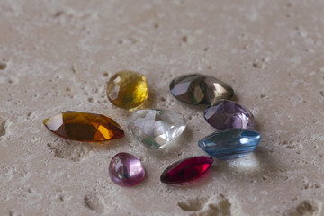 Gioielli, gruppo di pietre preziose,