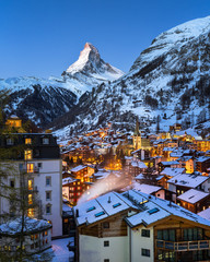 Fotomurales - Aerial View on Zermatt Valley and Matterhorn at Dawn, Zermatt, S