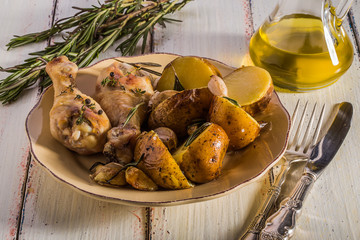 Rustic style potatoes and chicken