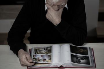 Elderly man recollect memories