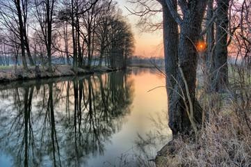 Photo sur Aluminium Bestsellers Spree im Winter Sonnenuntergang - river Spree in winter 01