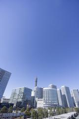横浜みなとみらいと高層タワーマンション群 快晴青空
