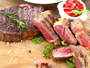steak fleisch geschnietten in streifen