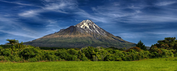 Printed kitchen splashbacks New Zealand Volcano Taranaki, New Zealand - HDR panorama