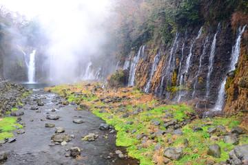 白糸の滝冬景色