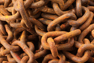 Close up of rusty chain pile.