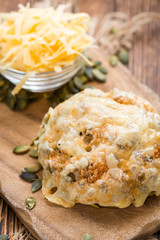 Bun gratinated with Cheese