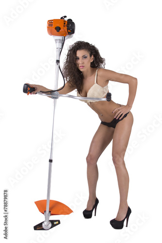 woman-nude-to-star-the-lawnmower