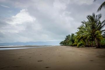 plage déserte du Costa Rica