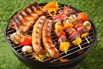 Photo on textile frame Grill / Barbecue Assorted grilled meat on a summer barbecue