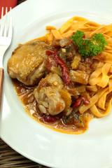 poulet basquaise et tagliatelles