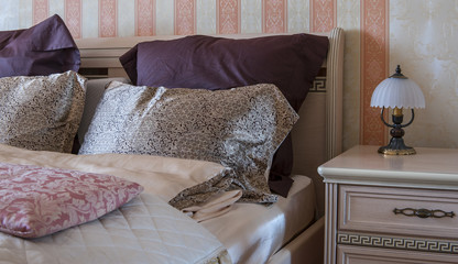 Bedroom pillow style design rest