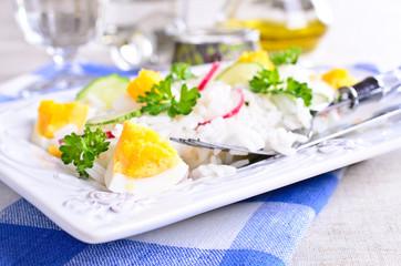 White rice with radish, cucumber and eggs