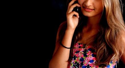 Papier Peint - Parlare al telefono- sfondo