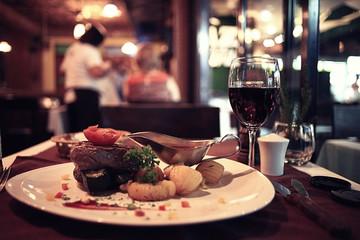 In de dag Restaurant food in the restaurant, table, background