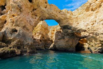 Wall Mural - Grotte und Klippen in der Algarve, Portugal