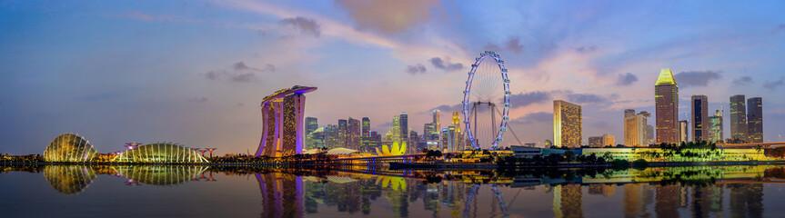 Foto op Plexiglas Singapore Panorama view of Singapore city skyline at Marina Bay