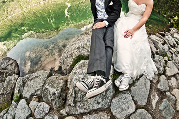 Wedding couple without heads