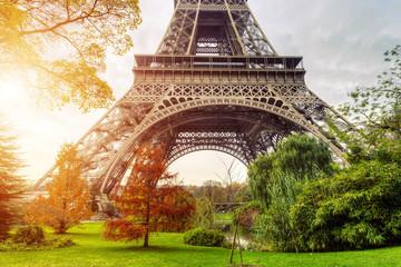 Photo sur Toile Paris Eiffel tower in Paris,France
