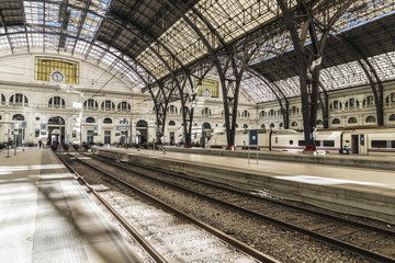 Foto op Plexiglas Treinstation Train Station in Barcelona