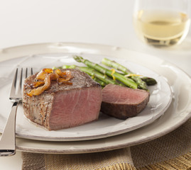 Filet with Asparagus