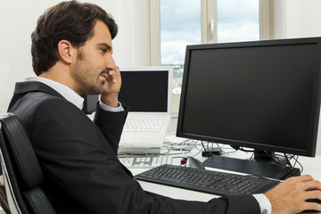 Stylish businessman chatting on the phone