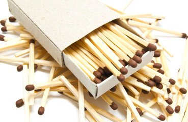 some matches and matchbox