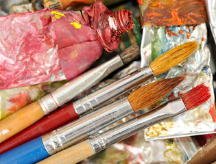Artistic equipment: paint and brushes