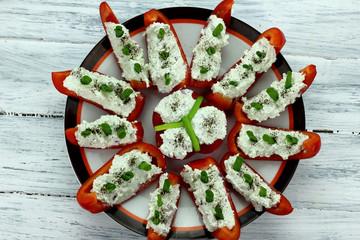 papryka z białym serem