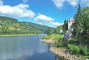 Foto auf Acrylglas Osteuropa der Elbstausee im Riesengebirge bei Spindleruv Mlyn
