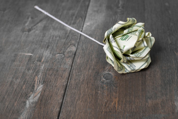 Flower of banknotes