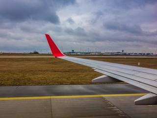 Flugzeug vor Start am Münchner Flughafen