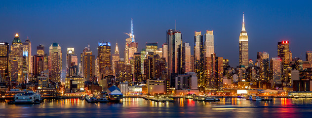 Lamas personalizadas con paisajes con tu foto New York City Manhattan midtown buildings skyline night