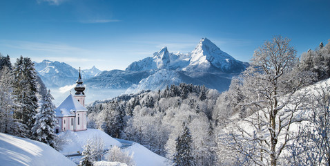 Wall Mural - Winter landscape in the Alps with church
