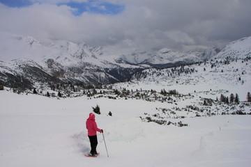 Nella neve verso il rifugio Sennes