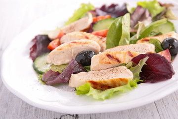 fresh salad with chicken