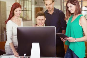 teamwork am computer