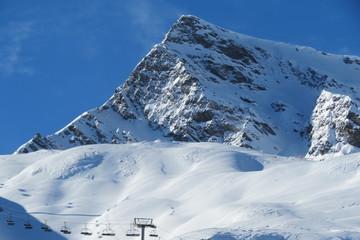 Hautes-Pyrénées - Ombres sur la montagne
