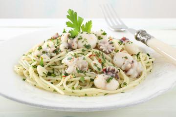pasta spaghetti con frutti di mare