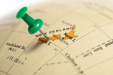 Location New Zeland. Green pin on the map.