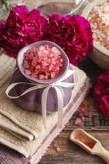 Spa set: sea salts, essential oil, towels