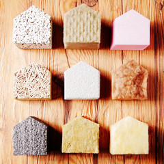 Obraz Model Houses with Various insulation on the Table - fototapety do salonu